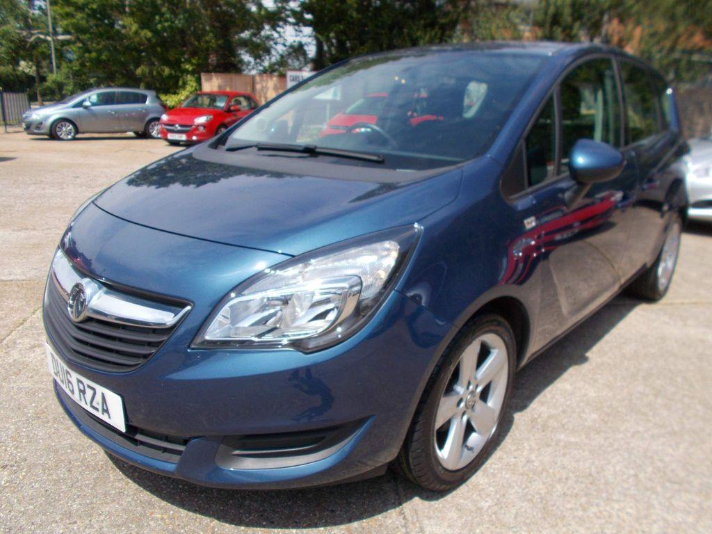 Vauxhall Meriva MPV 1.4 i 16v Exclusiv 5dr