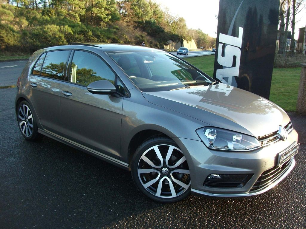 Volkswagen Golf Hatchback 1.4 TSI BlueMotion Tech ACT R-Line Edition (s/s) 5dr