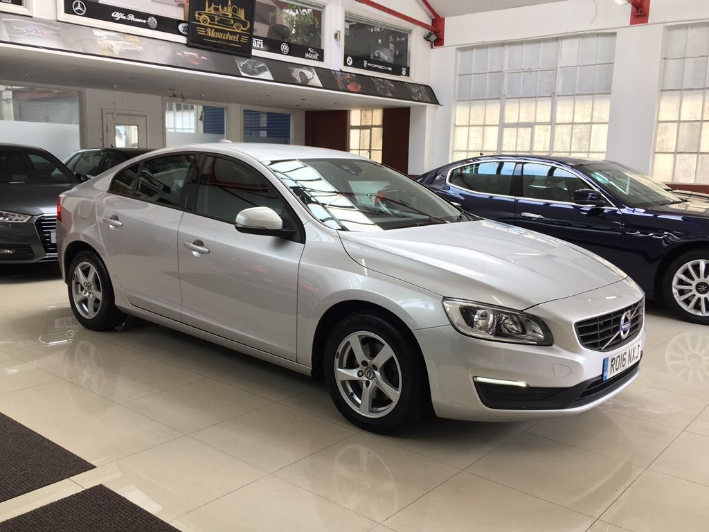Volvo S60 Saloon 2.0 D2 Business Edition Auto (s/s) 4dr