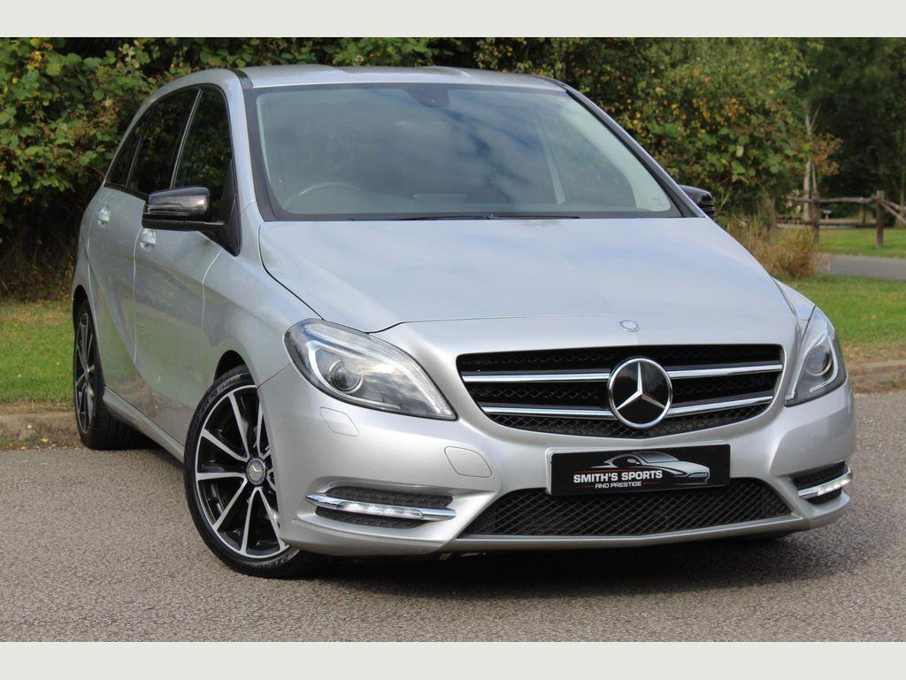 Mercedes-Benz B Class Hatchback 1.8 B200 CDI Sport 7G-DCT 5dr
