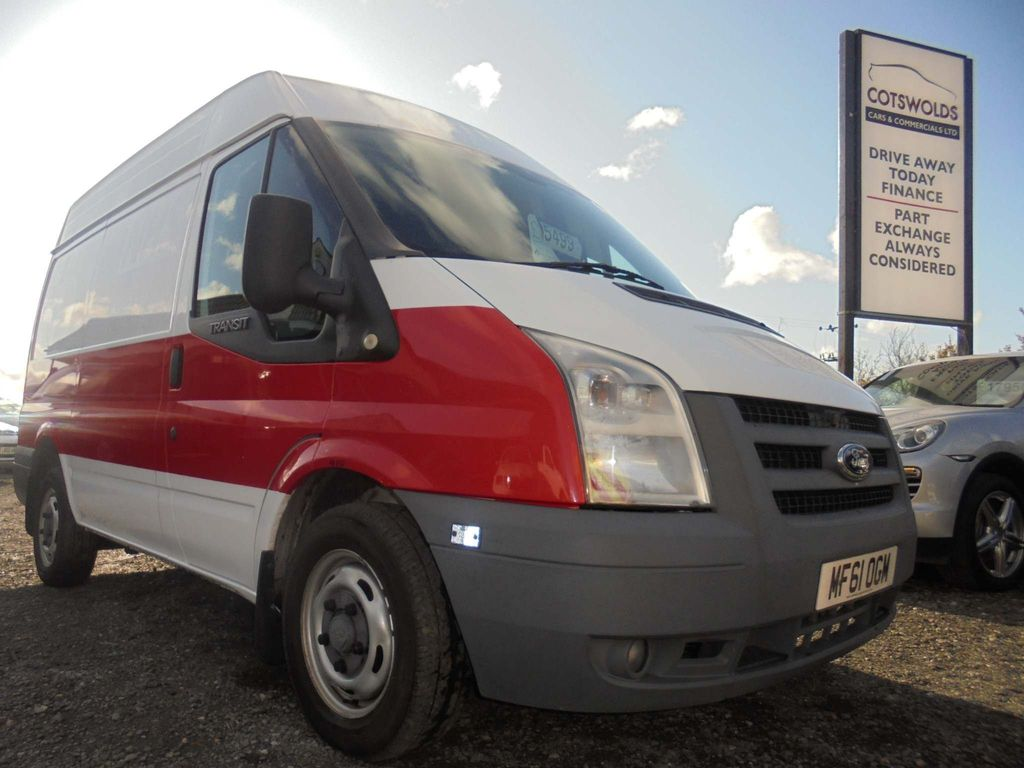 Ford Transit Panel Van 2.2 TDCi 260 Medium Roof Van 3dr (SWB)