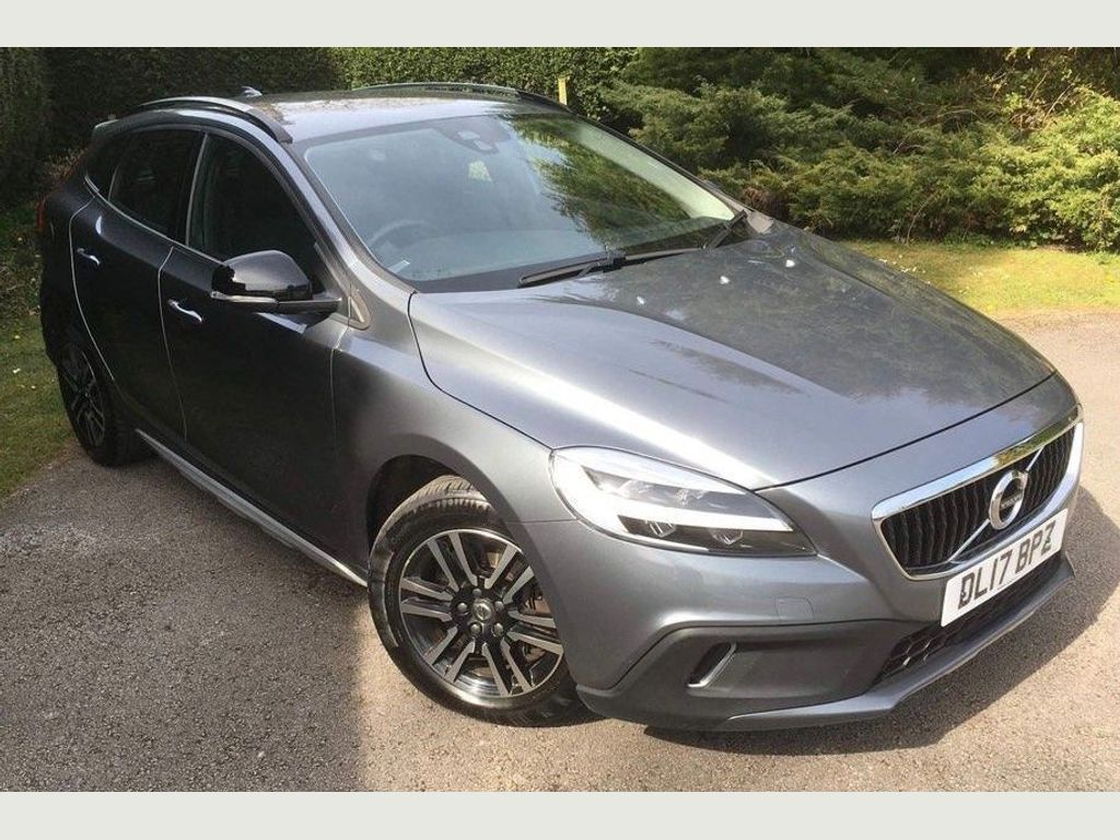 Volvo V40 Cross Country Hatchback 1.5 T3 Auto (s/s) 5dr
