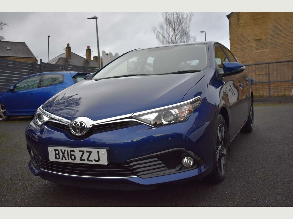 Toyota Auris Hatchback 1.6 D-4D Business Edition (s/s) 5dr