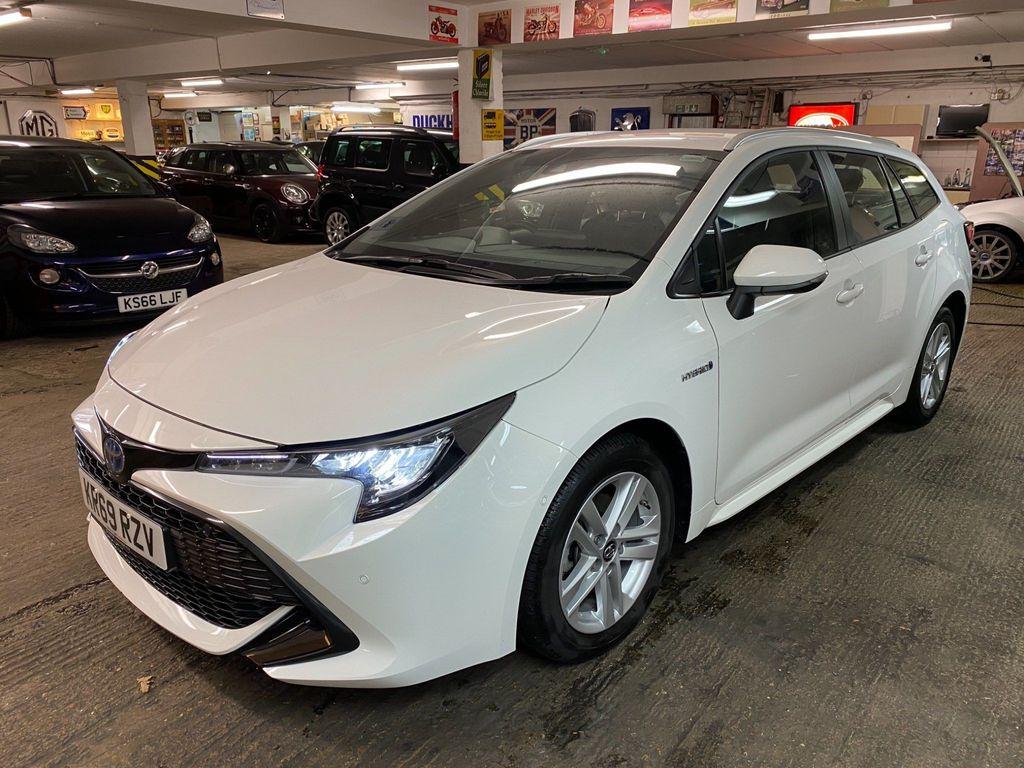 Toyota Corolla Estate 1.8 VVT-h Icon Tech Touring Sports CVT (s/s) 5dr
