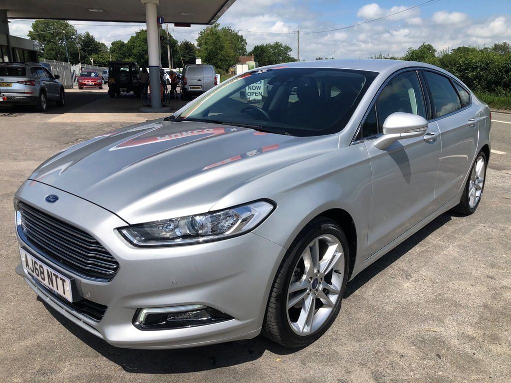 Ford Mondeo Hatchback 2.0 TDCi Titanium Edition Powershift (s/s) 5dr