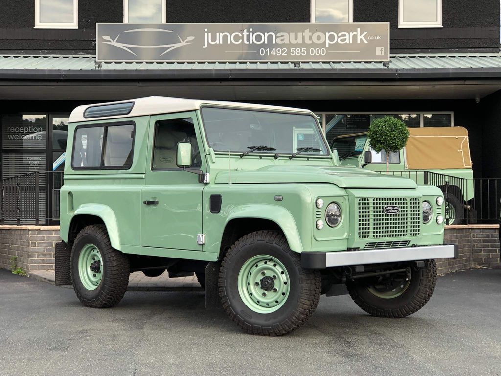 Land Rover Defender 90 SUV 2.4 TDCi County Hard Top 4WD SWB 3dr