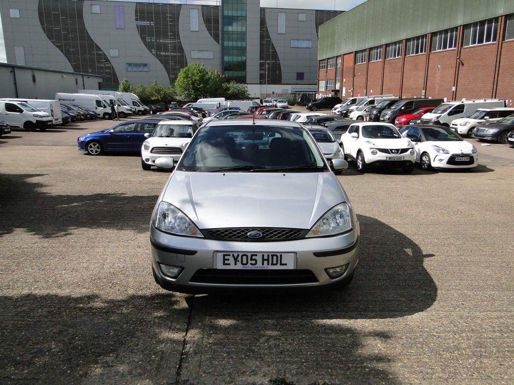 Ford Focus Hatchback 1.6 i 16v Zetec 5dr