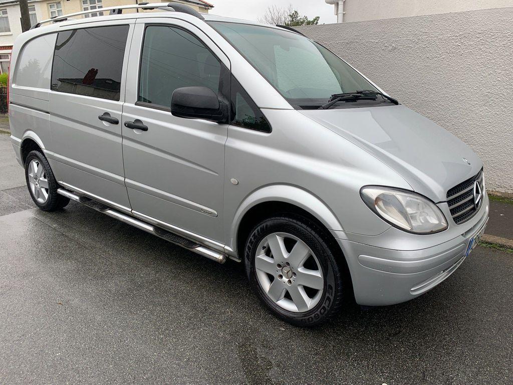 Mercedes-Benz Vito Combi Van 2.1 CDI 6 SEAT DUALINER COMPACT