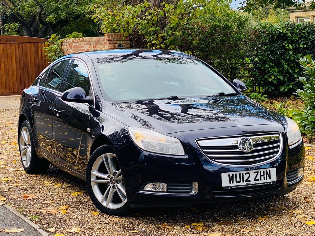 Vauxhall Insignia Hatchback 1.4 i 16v Turbo Exclusiv Nav (s/s) 5dr