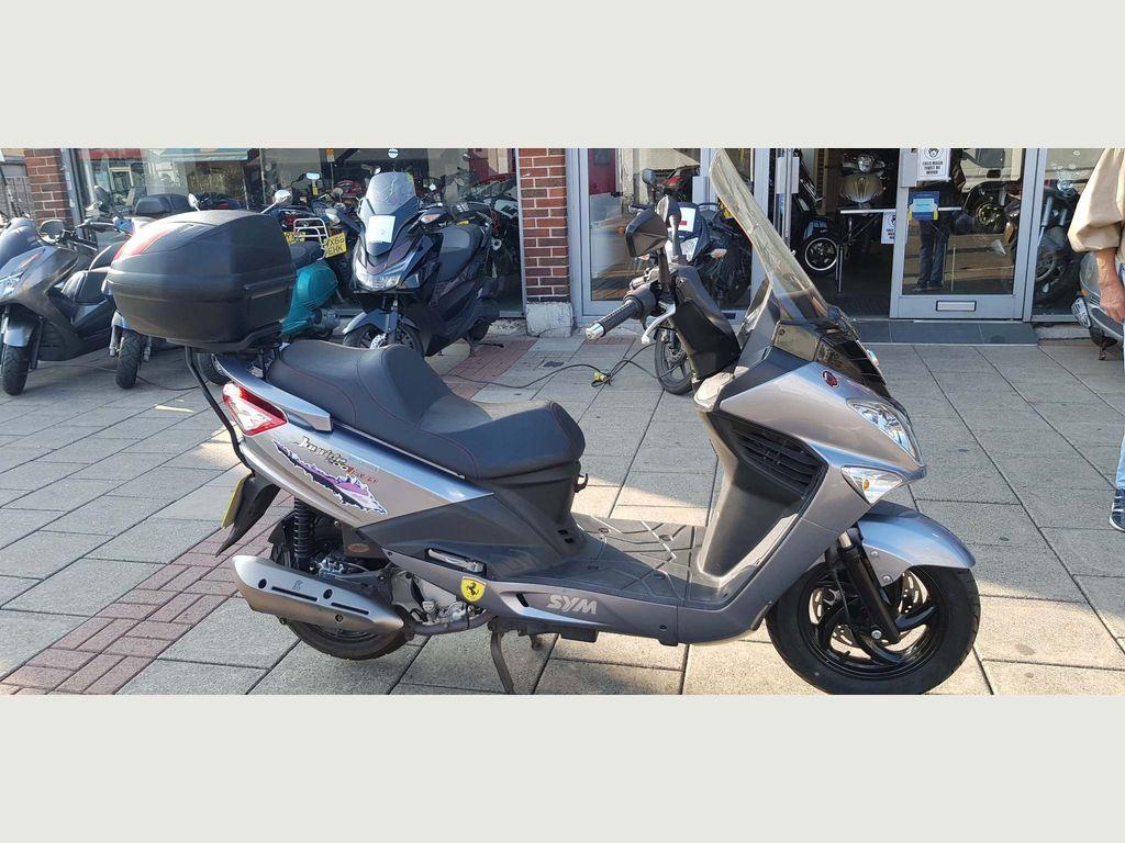 Sym Joyride Scooter 200i Evo