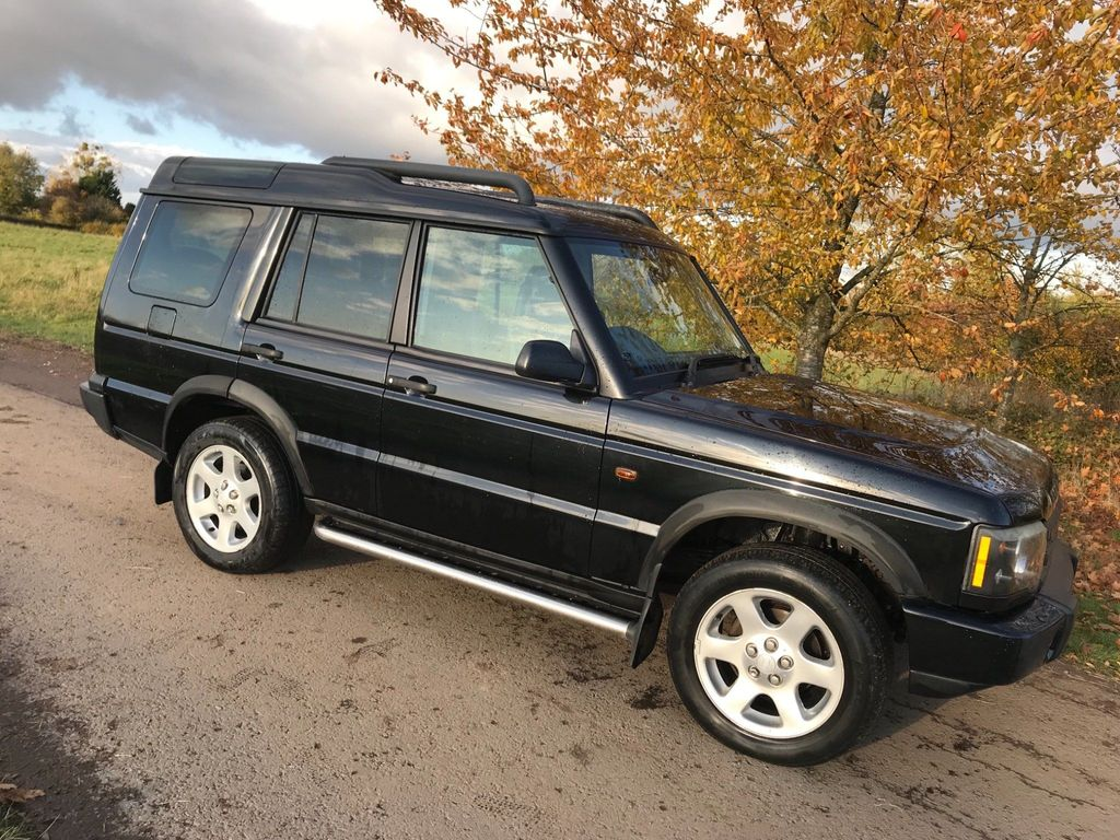 Land Rover Discovery SUV 2.5 TD5 ES Premium 5dr (7 Seats)