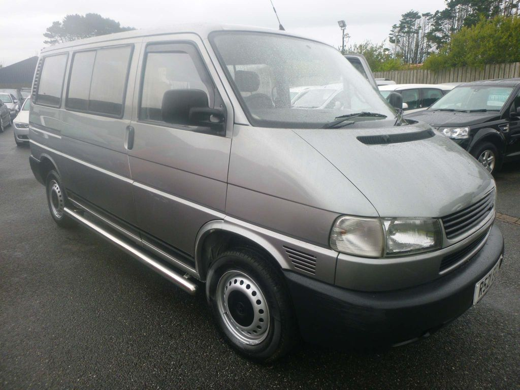 Volkswagen Caravelle MPV 2.5 TD CL (8 Seats)