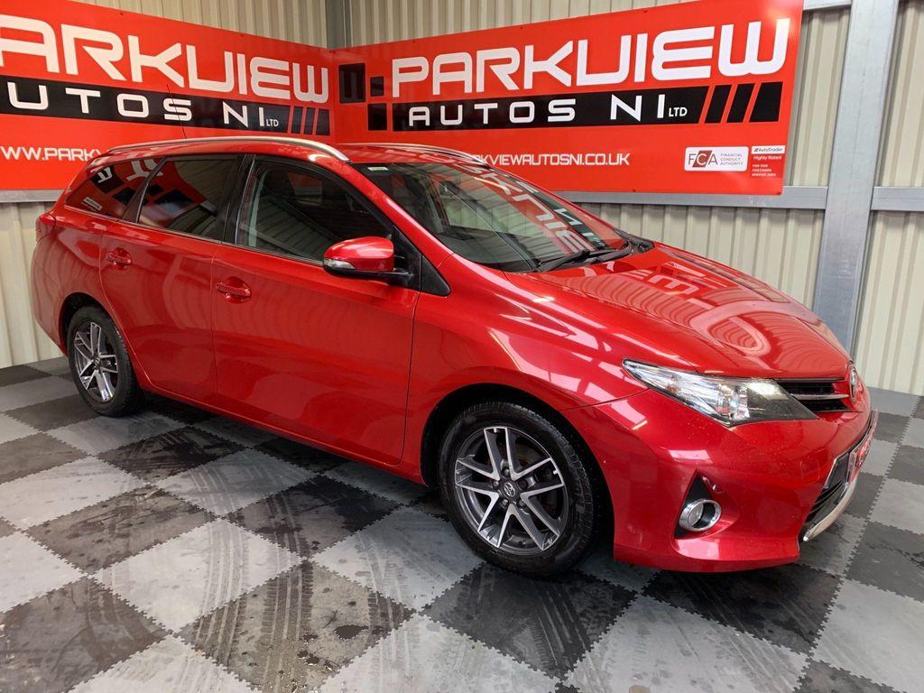 Toyota Auris Estate 1.4 D-4D Icon+ Touring Sports (s/s) 5dr