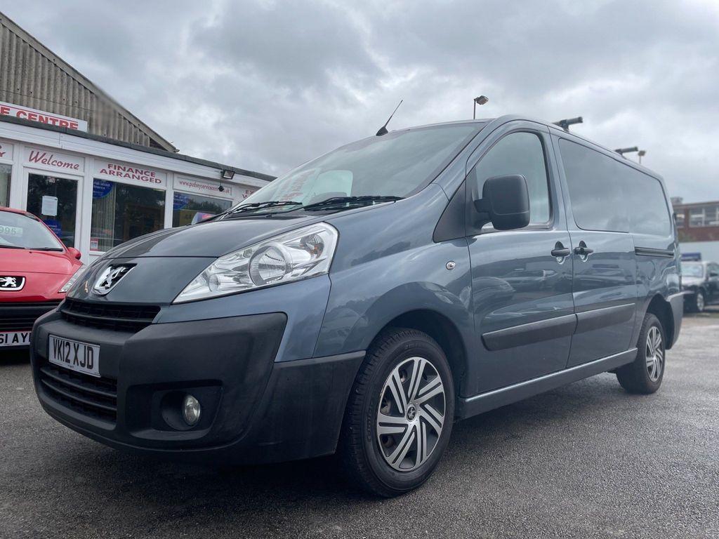 Peugeot Expert Combi Van 2.0 HDi (EU5) L2 H1 Crew Van 4dr
