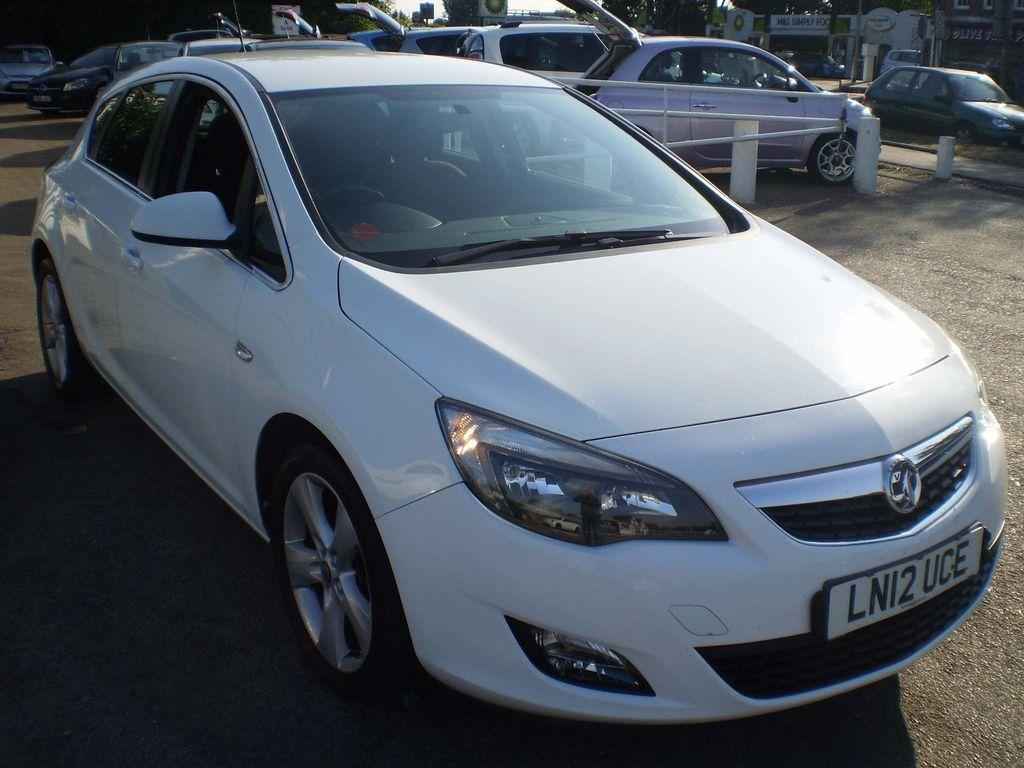 Vauxhall Astra Hatchback 1.6 16v SRi 5dr