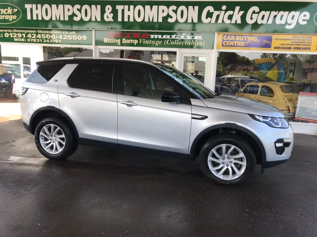 Land Rover Discovery Sport SUV 2.0 TD4 SE Auto 4WD (s/s) 5dr 7 Seat