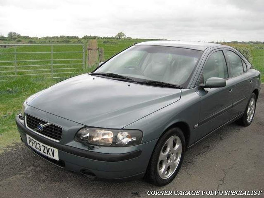 Volvo S60 Saloon 2.5 S 4dr