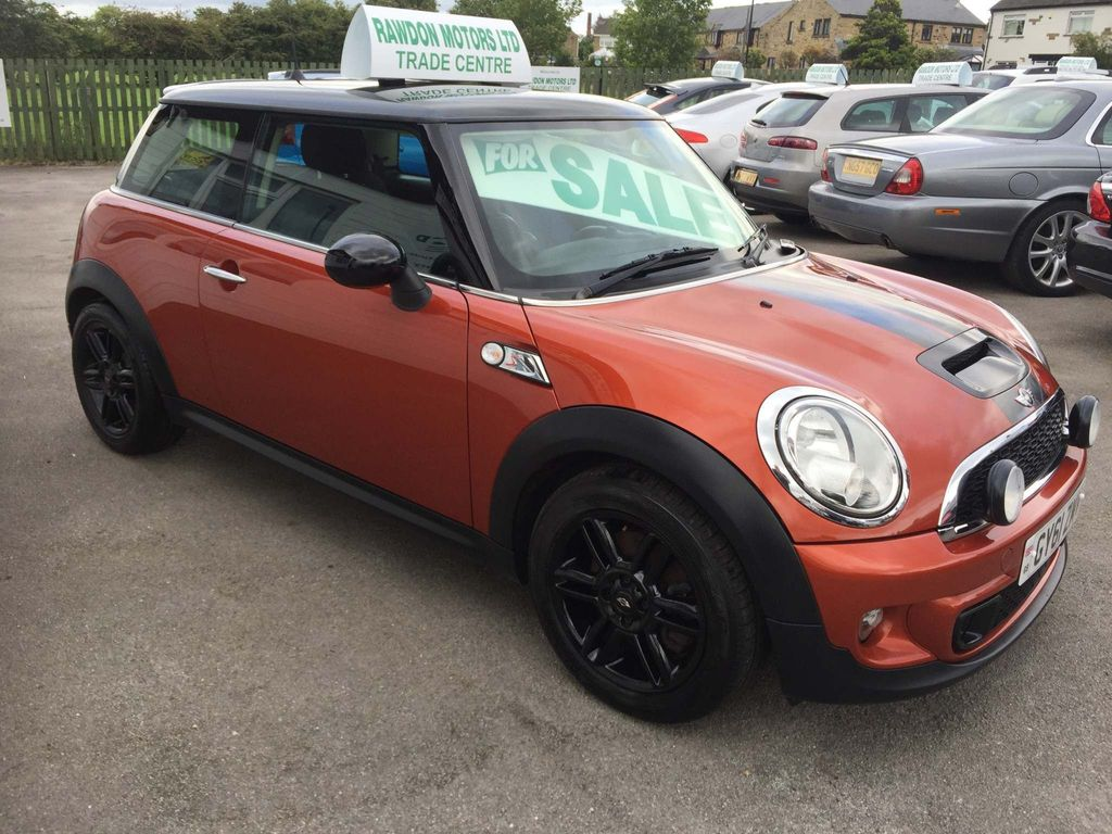 MINI Hatch Hatchback 1.6 Cooper S Avenue 3dr