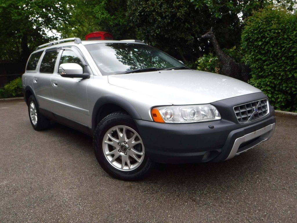 Volvo XC70 Estate 2.5 T SE Lux Geartronic AWD