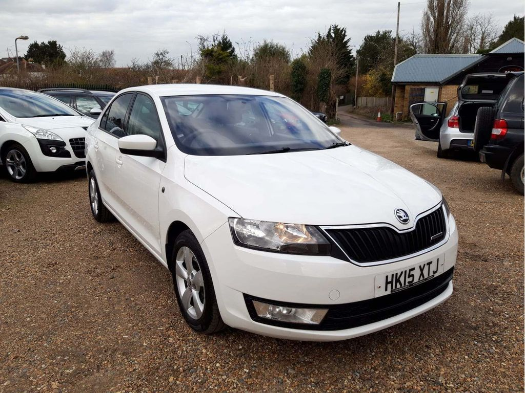 SKODA Rapid Hatchback 1.6 TDI GreenLine 5dr