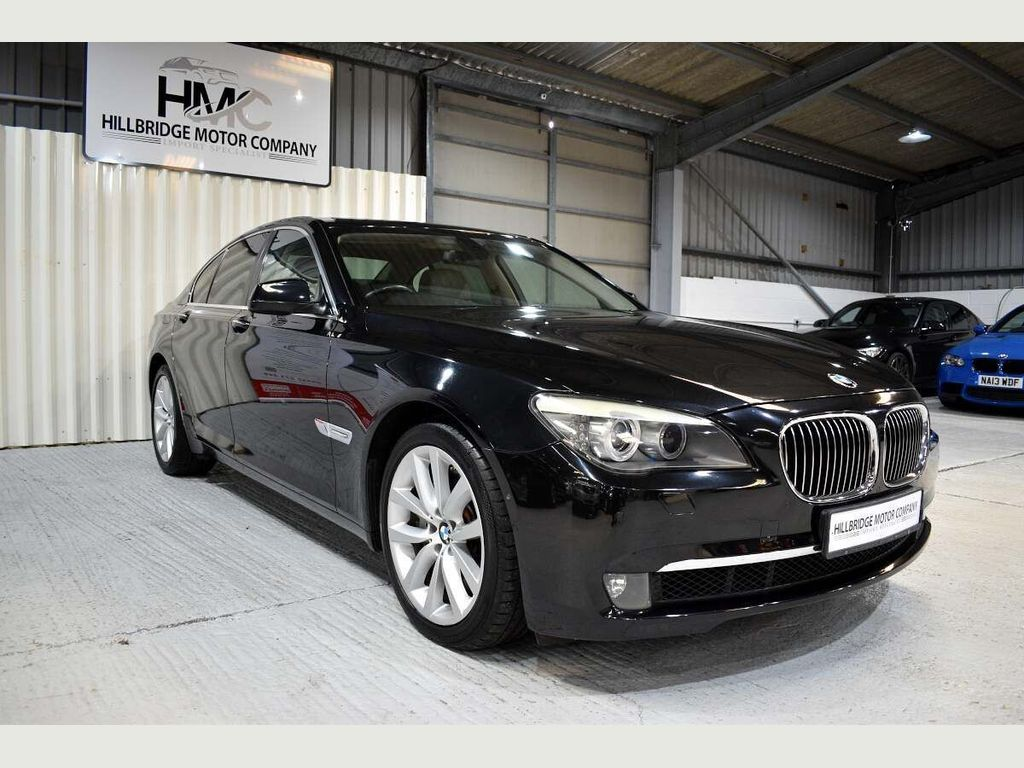 BMW 7 Series Saloon 750i