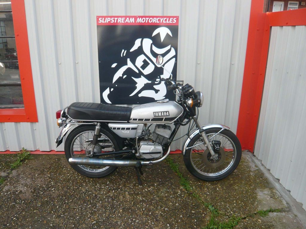 Yamaha RS100 Commuter 100 1Y8