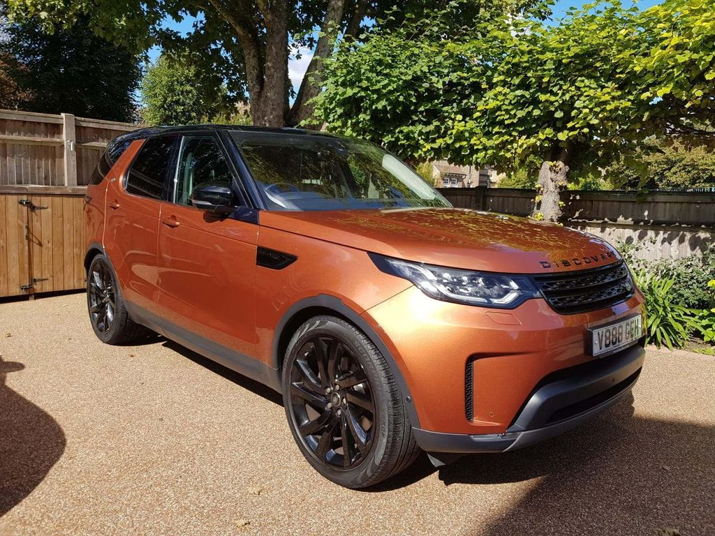 Land Rover Discovery SUV 3.0 TD V6 First Edition Auto 4WD (s/s) 5dr