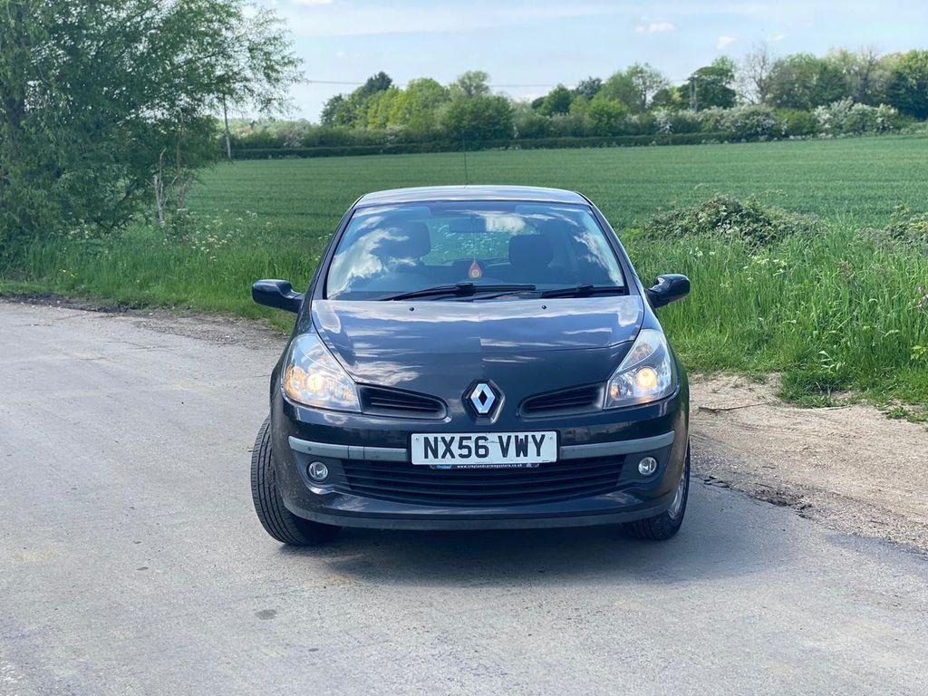 Renault Clio Hatchback 1.4 16v Dynamique 3dr