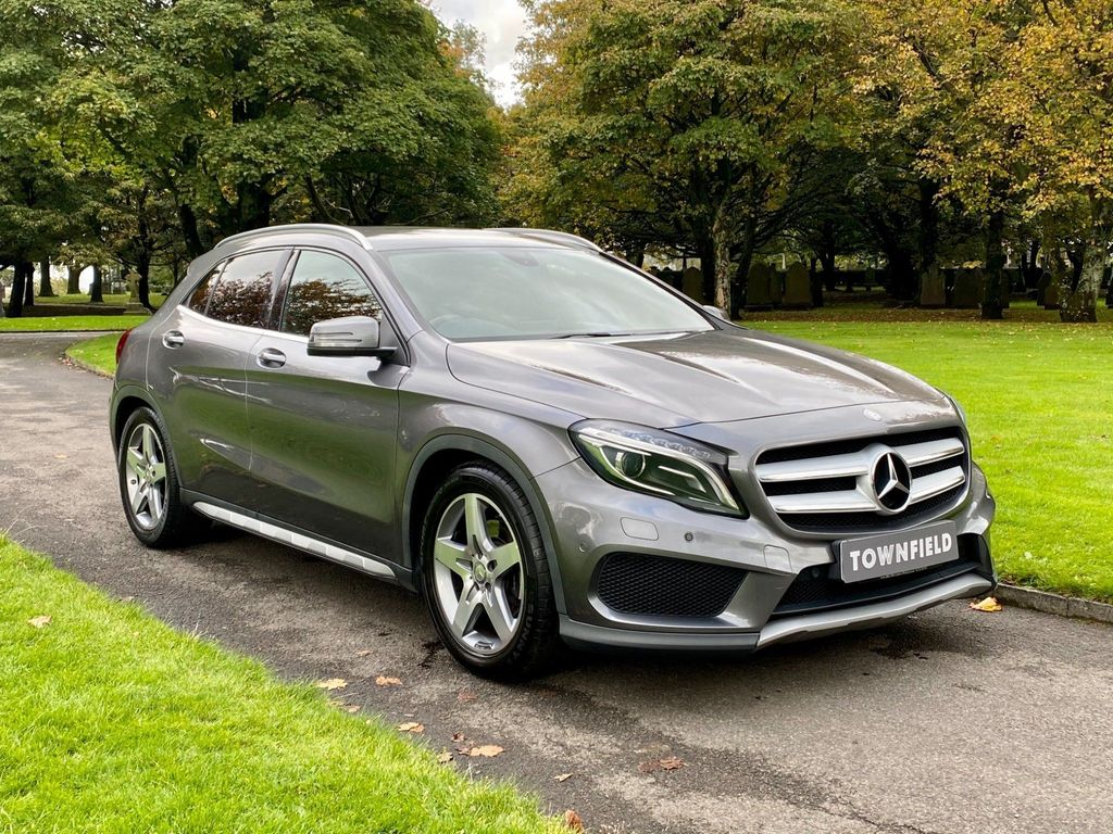 Mercedes-Benz GLA Class SUV 2.1 GLA220 CDI AMG Line (Premium) 7G-DCT 4MATIC 5dr