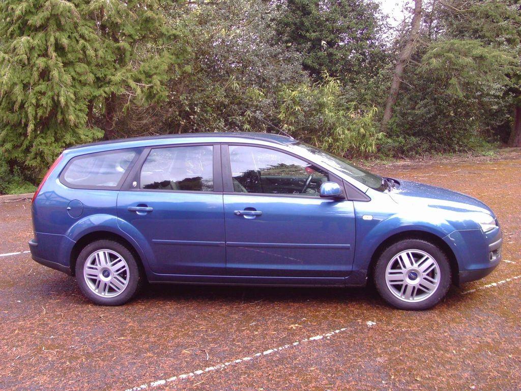 Ford Focus Estate 1.6 Ghia 5dr