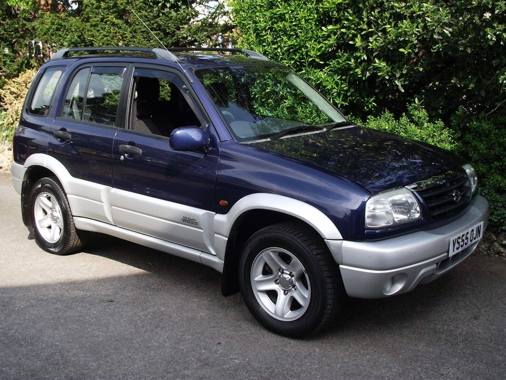 Suzuki Grand Vitara SUV 2.0 16v Estate 5dr