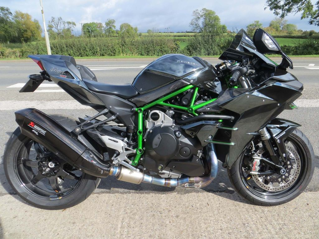 Kawasaki Ninja H2 Super Sports 1000