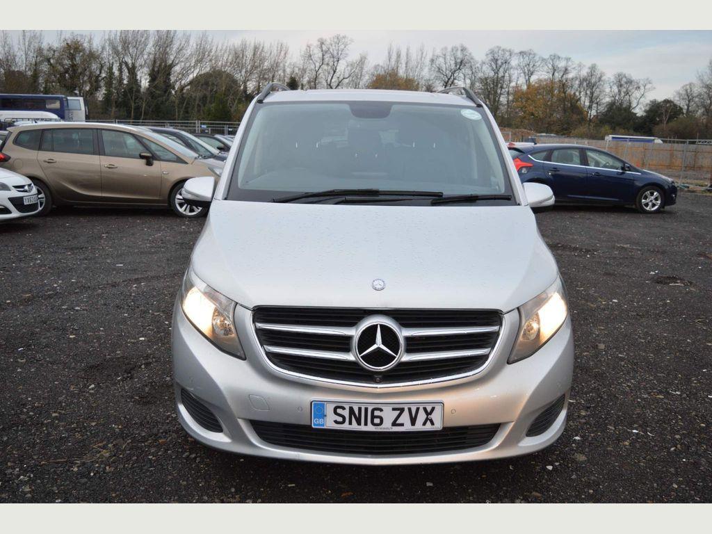 Mercedes-Benz V Class MPV 2.2 V220 CDi BlueTEC SE G-Tronic+ XLWB EU6 (s/s) 5dr 8 Seat XLWB