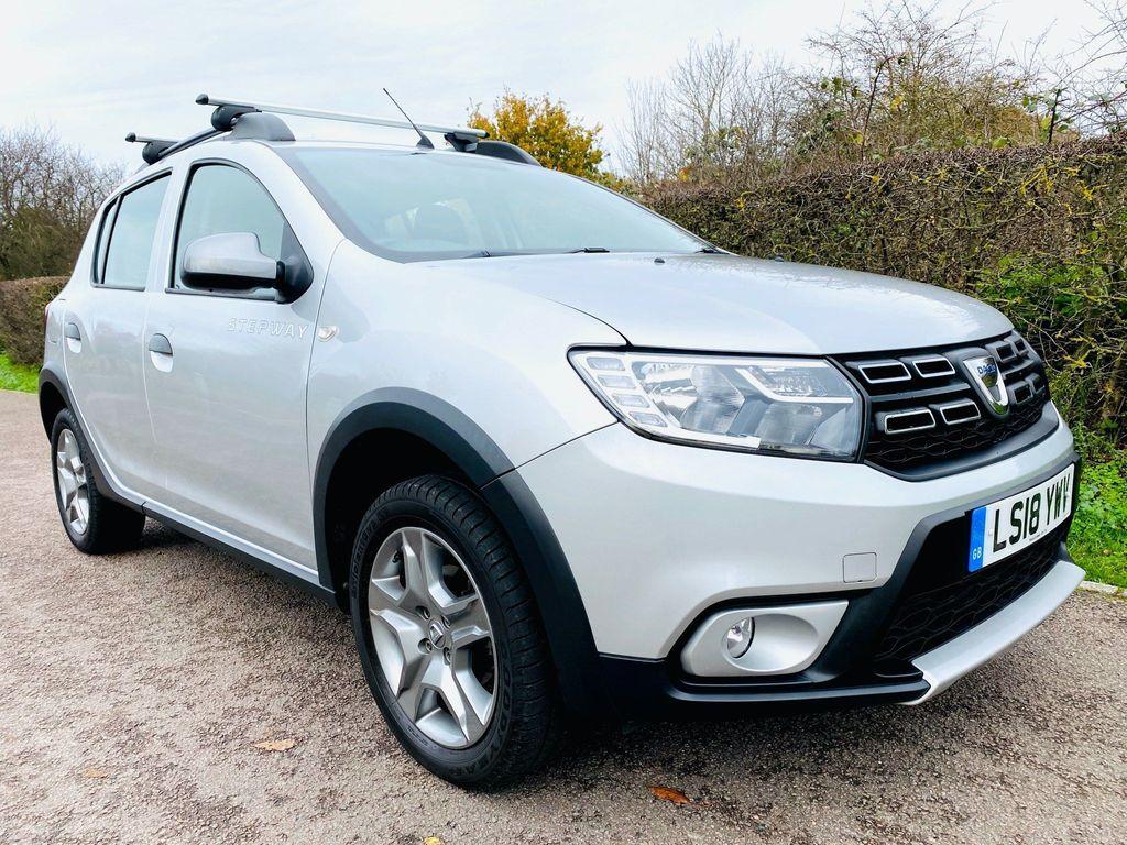 Dacia Sandero Stepway Hatchback 0.9 TCe Laureate Stepway (s/s) 5dr