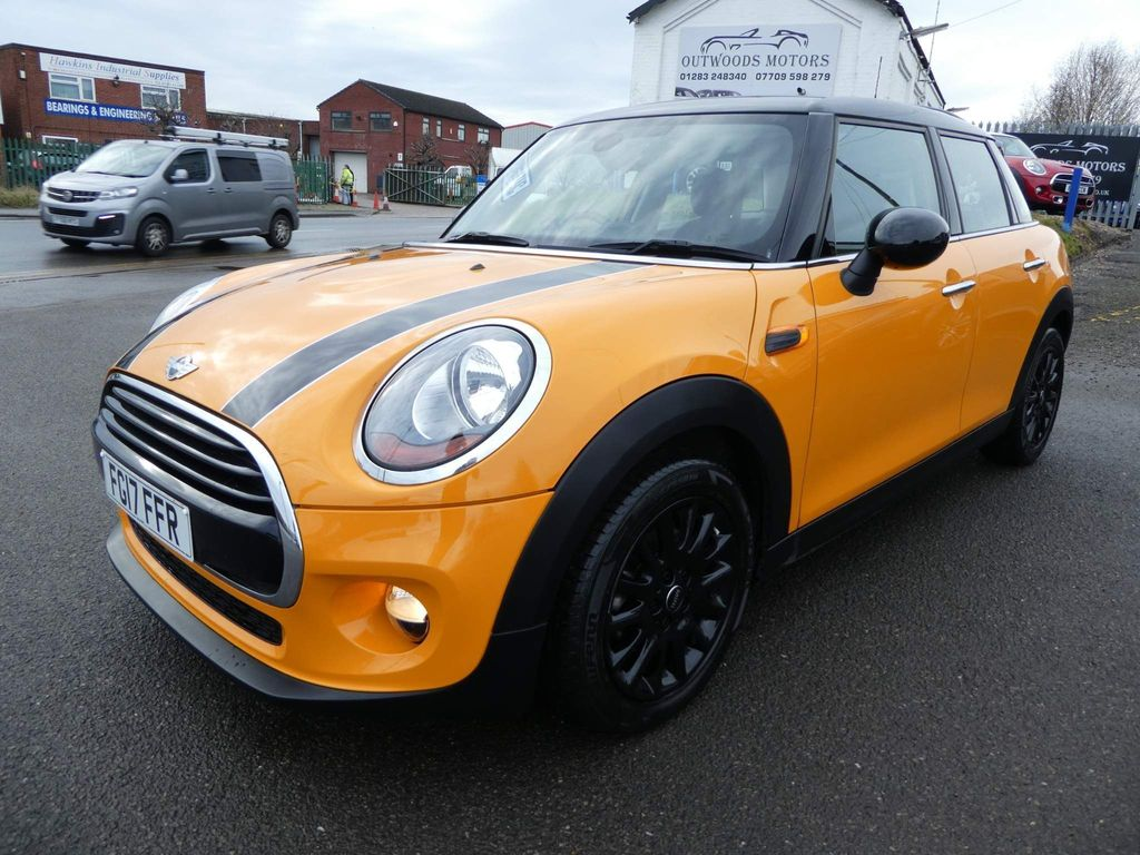 MINI Hatch Hatchback 1.5 Cooper D Auto (s/s) 5dr