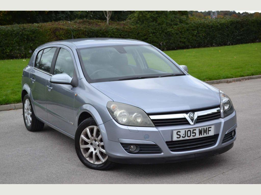 Vauxhall Astra Hatchback 1.6 i 16v Design Easytronic 5dr