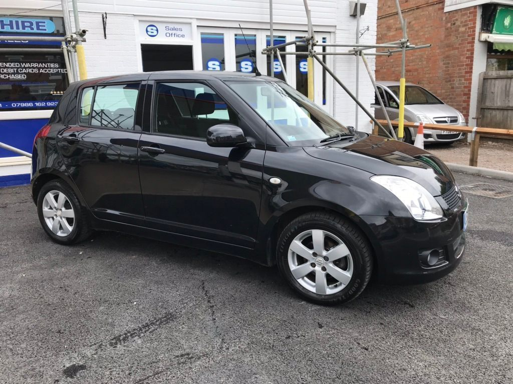 Suzuki Swift Hatchback 1.5 GLX 5dr