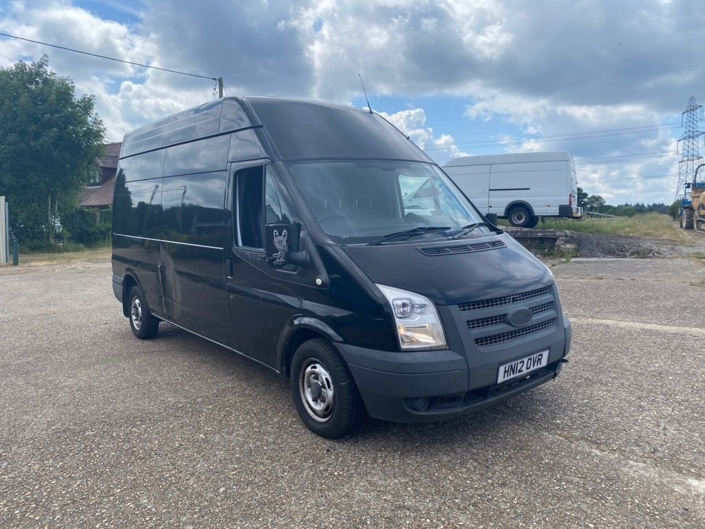 Ford Transit Panel Van 2.2 TDCi 300 High Roof M 3dr (MWB)