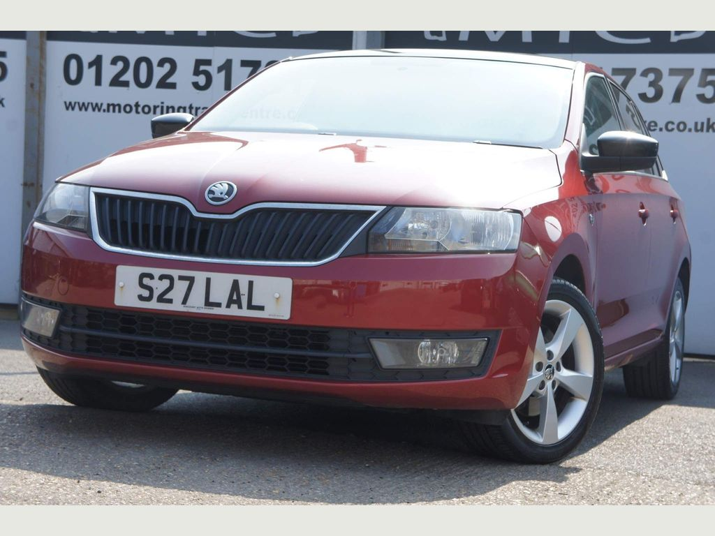 SKODA Rapid Spaceback Hatchback 1.6 TDI GreenTech Elegance Spaceback 5dr