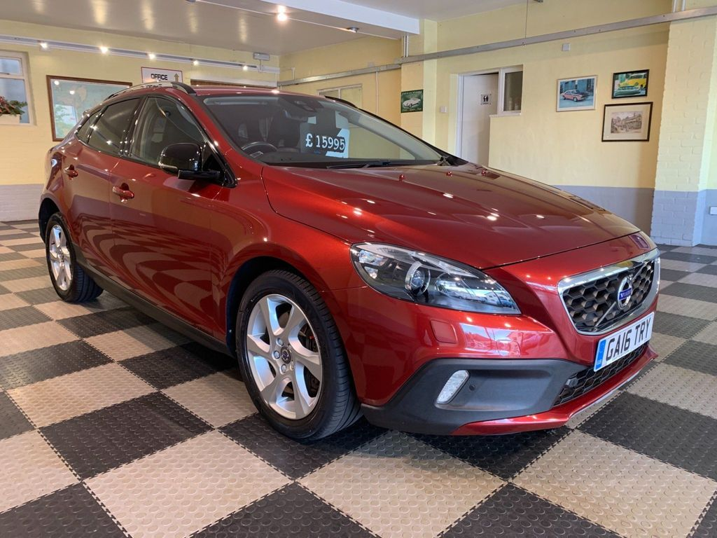 Volvo V40 Cross Country Hatchback 2.0 T5 Lux Nav Geartronic AWD (s/s) 5dr