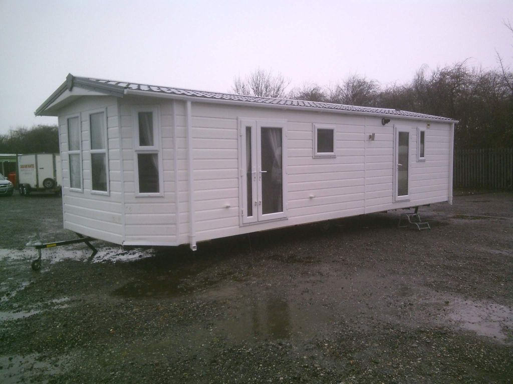 Delta 32x12 Unlisted 2 BEDROOM GREAT VALUE HOLIDAY HOME