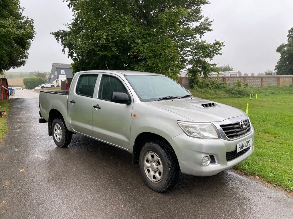 Toyota Hilux Pickup 2.5 D-4D Active Double Cab Pickup 4WD 4dr