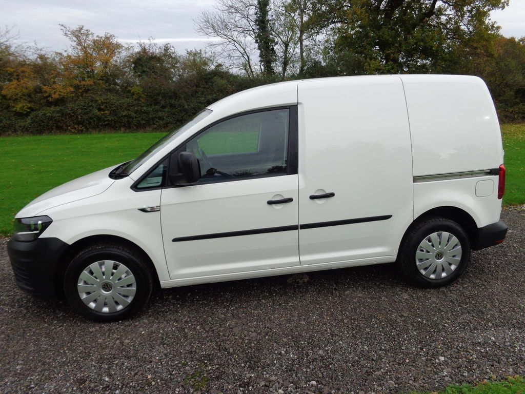 Volkswagen Caddy Panel Van 2.0 TDI BlueMotion Tech C20 Startline Panel Van 5dr (EU6)