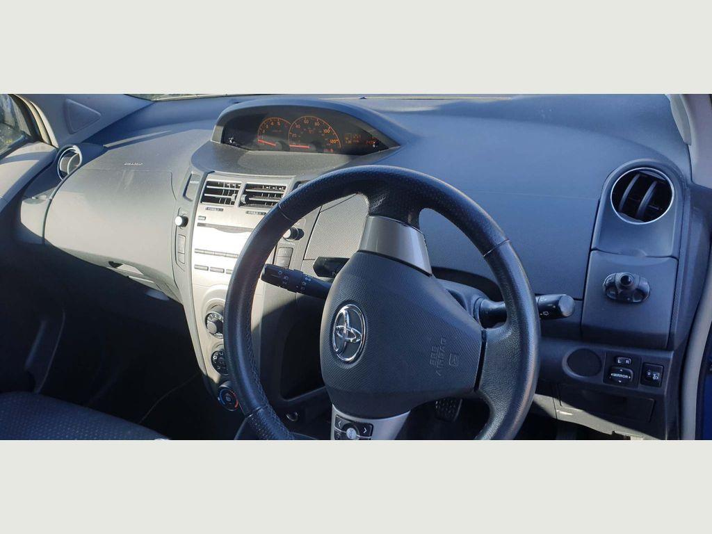 Toyota Yaris Hatchback 1.4 D-4D TR 5dr