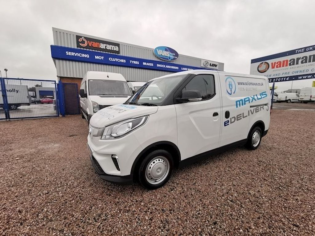 MAXUS eDELIVER 3 Panel Van 52.5kWh Auto L1 N/A 5dr