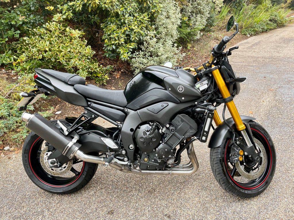 Yamaha FZ8 Naked 800