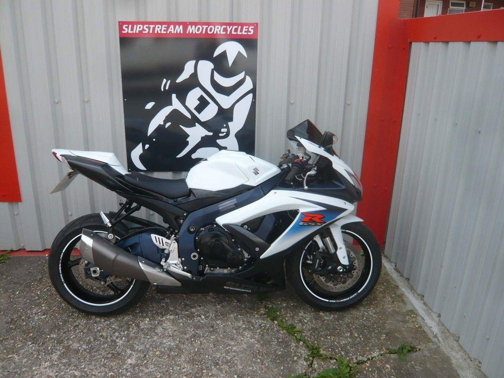 Suzuki GSXR750 Super Sports 750 L1