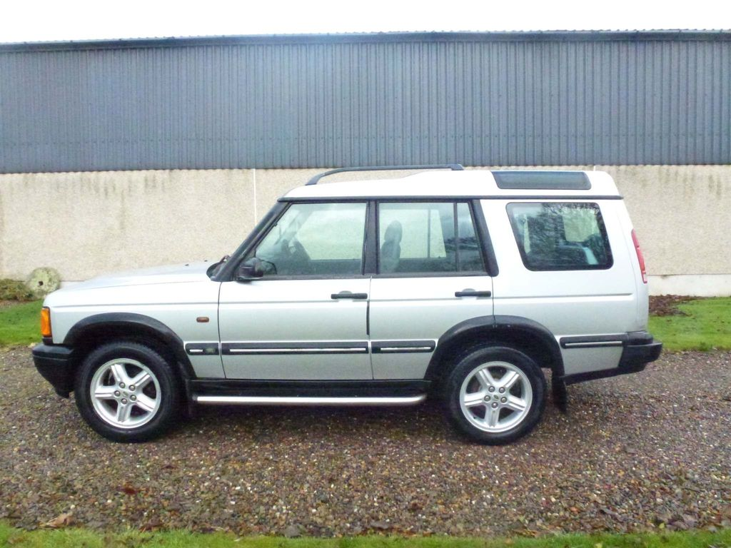 Land Rover Discovery SUV 2.5 TD5 Serengeti 5dr (7 seats)