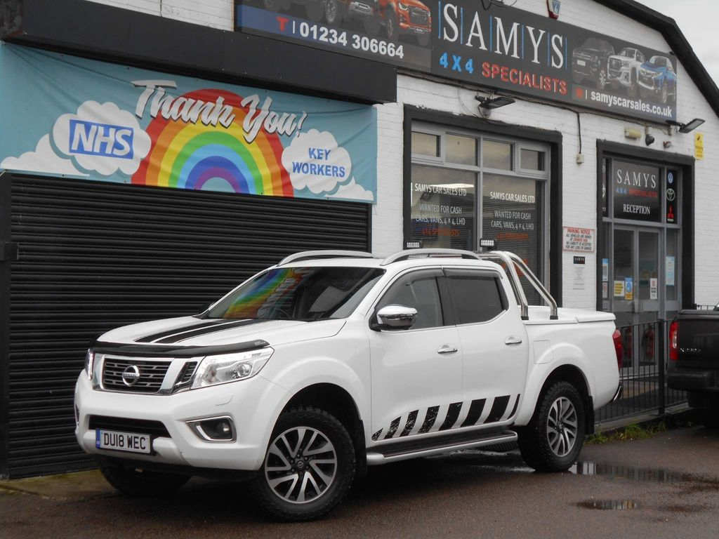 Nissan Navara Pickup 2.3 dCi Tekna Double Cab Pickup 4WD (s/s) 4dr (Sunroof)
