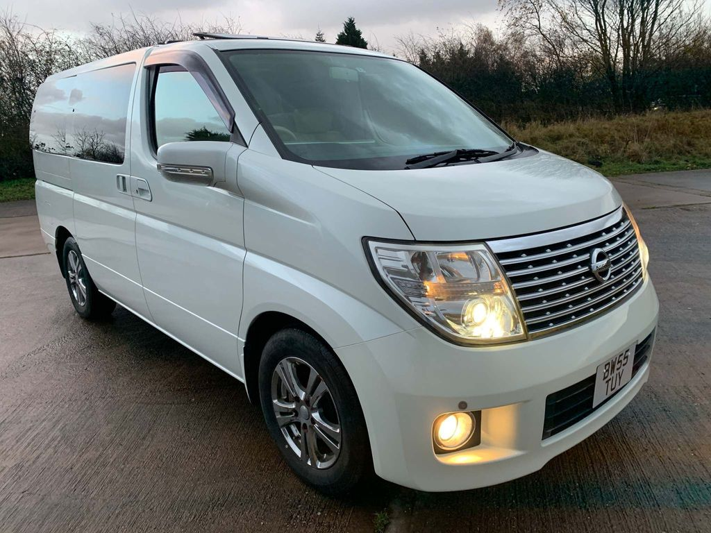 Nissan Elgrand MPV Highway Star RiderS 3.5 S/R-Lthr-Curtain